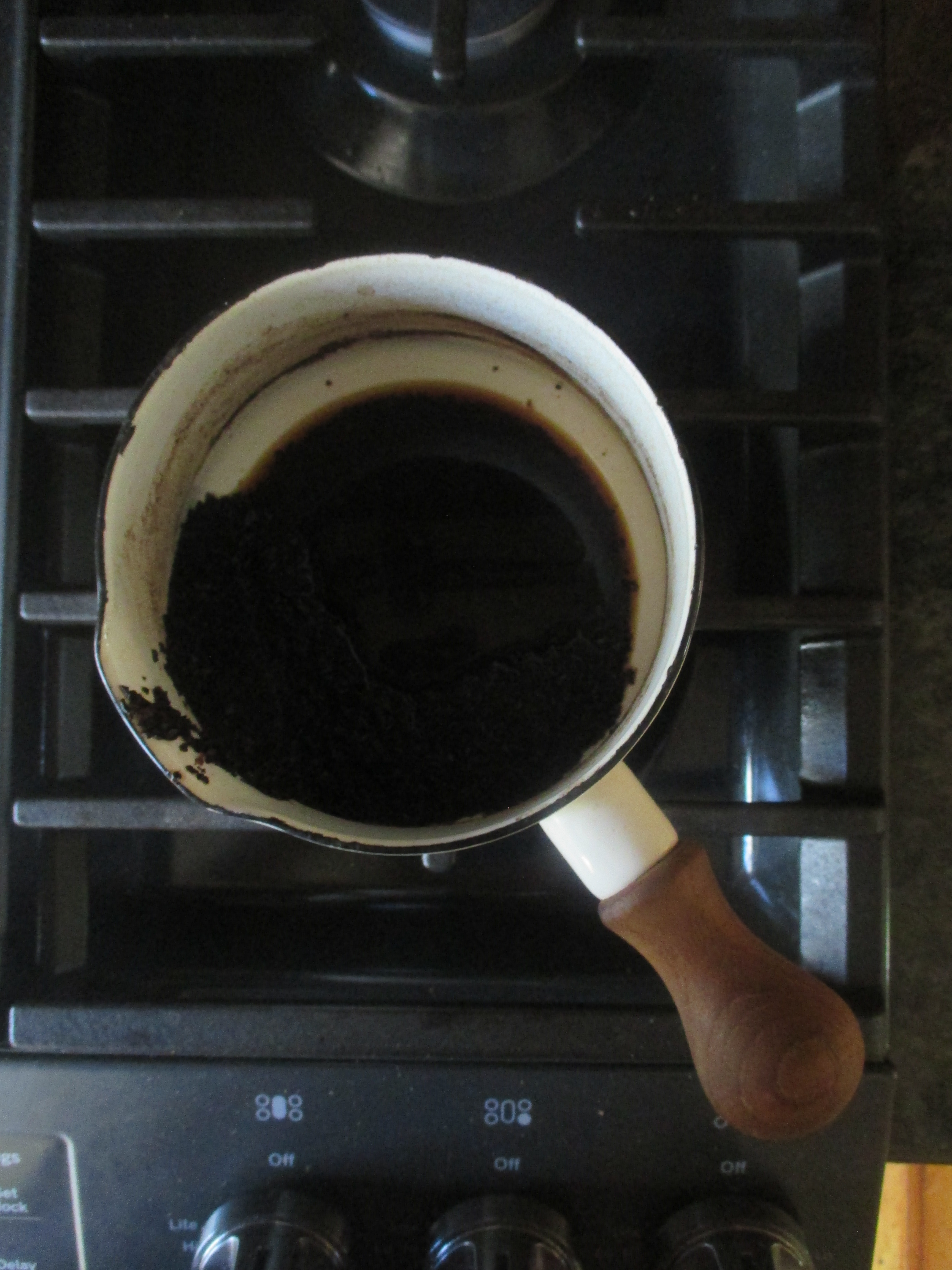 coffee grounds left in pot
